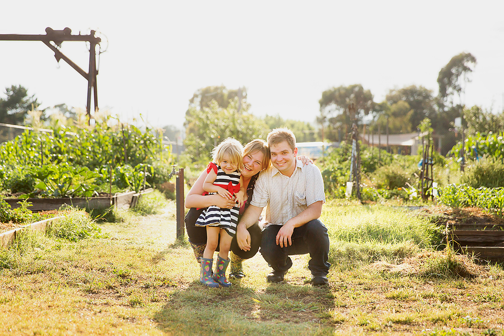 Canberra outdoor family photo shoot